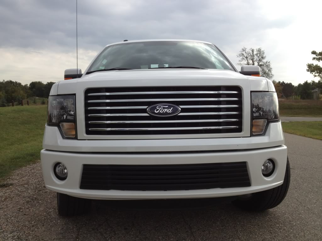 Ford Oxford White Paint >> Grille Replacement???