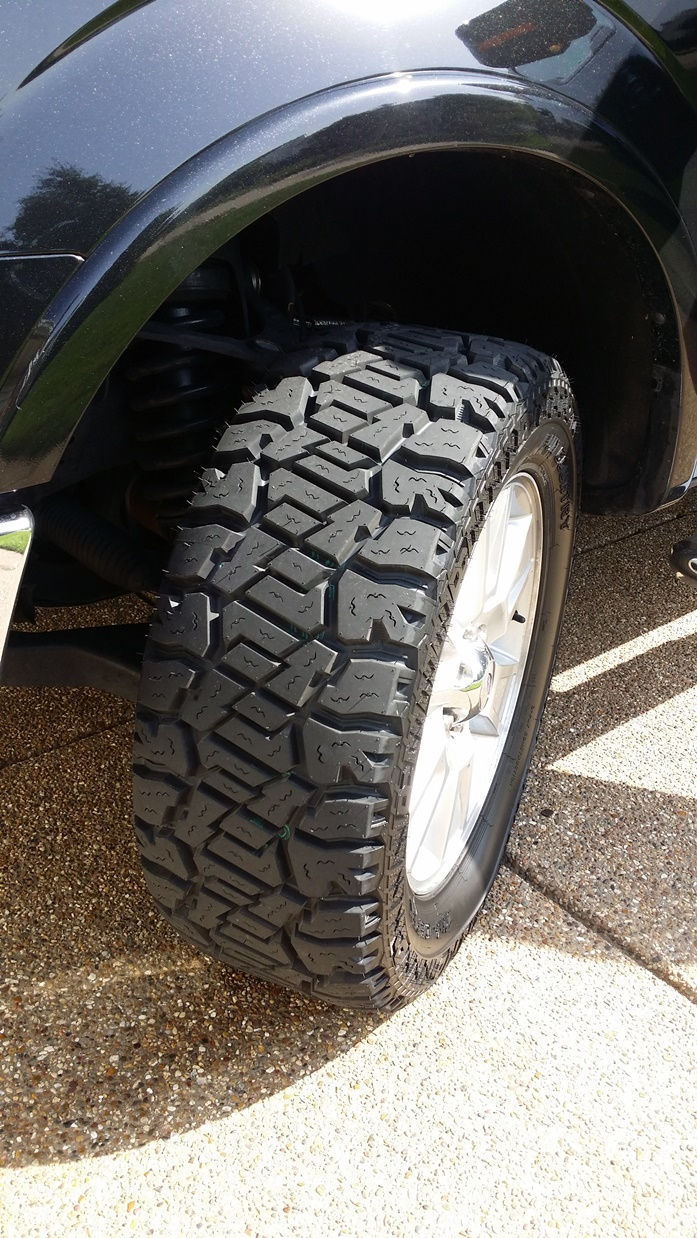 King Ranch Ford >> Tire Clearance: 305/55-R20 AKA 33X12.5