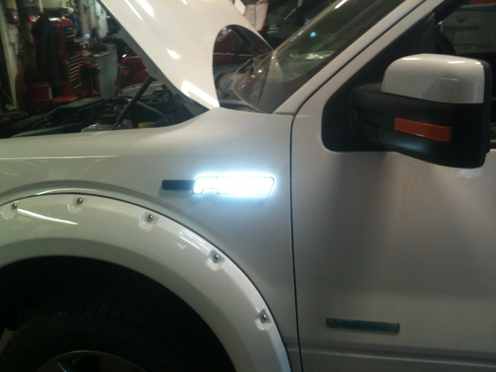 Recon S Side Emblem Lights