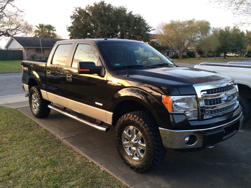 """Question - 295/70R18 Nitto Trail Grapplers with 2.5"""" Leveling Kit ..."""