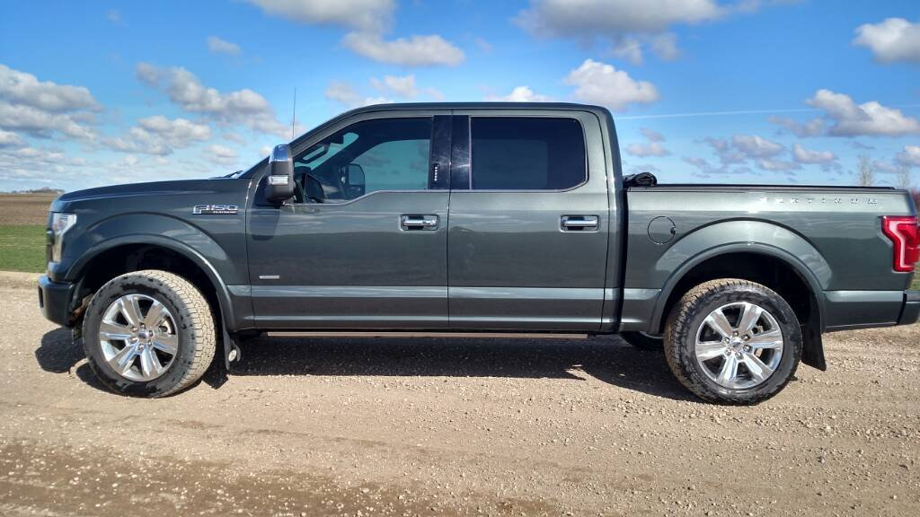 Pics Of Limited Or Platinum Trucks W Leveling Kits And