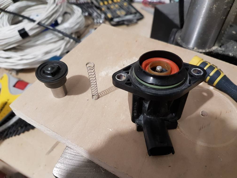 BOV staying open under load    2013 FX4 SCREW | Page 7